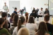 [2014-04-02] Konferencija za novinare PROSEFEST 2014 i dodela kniga ucenicima5